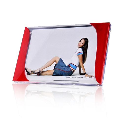 Free Design Acrylic Display Photo Frames